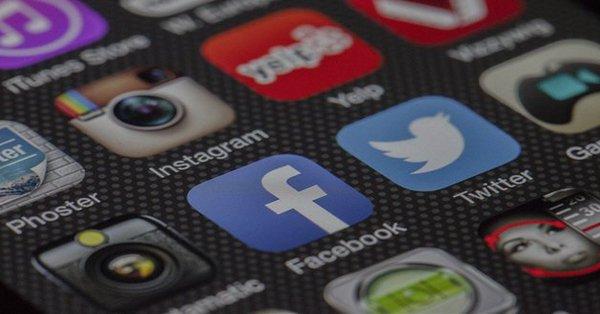 ماهو social media  التواصل الاجتماعي